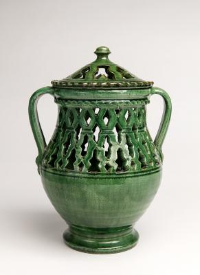 2-MOIFA_Espinar_13:  Openwork jar with lid, Tito Family (Spain), 1990s, ceramic. Photo: Addison Doty