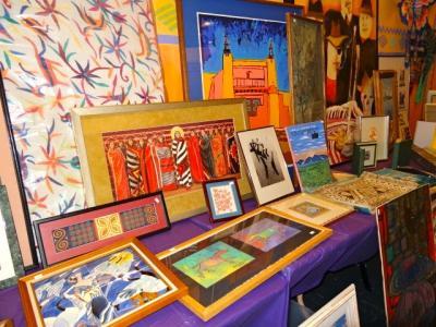 2-MOIFA-Folk Art Flea - table of paintings flat art