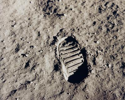 19-NMHM-2019-Lecture-Buzz Aldrins footprint Apollo 11 July 20 1969